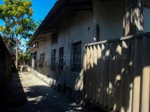 Casa En Ventaen Higuerote, Higuerote, Venezuela, VE RAH: 20-2981