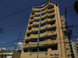Apartamento En Ventaen Valencia, Prebo I, Venezuela, VE RAH: 20-7967