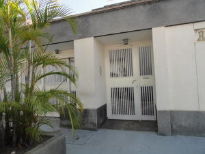 Casa En Ventaen Caracas, El Cafetal, Venezuela, VE RAH: 20-7997