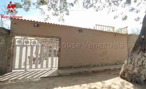 Casa En Ventaen Ocumare De La Costa, El Playon, Venezuela, VE RAH: 20-8043