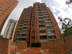Apartamento En Ventaen Caracas, Prados Del Este, Venezuela, VE RAH: 20-8047