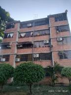 Apartamento En Ventaen Guarenas, Nueva Casarapa, Venezuela, VE RAH: 20-8081