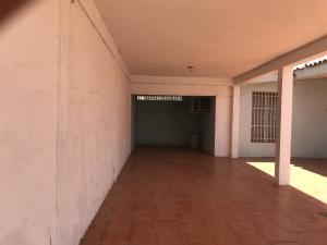 Casa En Ventaen Punto Fijo, Los Caciques, Venezuela, VE RAH: 20-8086