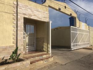 Casa En Ventaen Punto Fijo, San Rafael, Venezuela, VE RAH: 20-8092