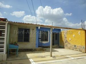 Casa En Ventaen Barquisimeto, Parroquia El Cuji, Venezuela, VE RAH: 20-8100