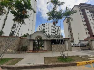 Apartamento En Ventaen Valencia, Agua Blanca, Venezuela, VE RAH: 20-8107