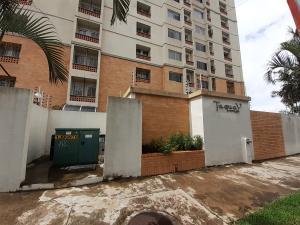 Apartamento En Ventaen Municipio Naguanagua, Palma Real, Venezuela, VE RAH: 20-8117