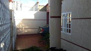 Casa En Ventaen Punto Fijo, Santa Irene, Venezuela, VE RAH: 20-8141