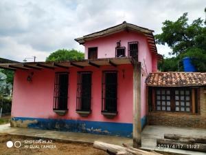 Casa En Ventaen Valencia, Safari Country Club, Venezuela, VE RAH: 20-8169