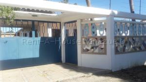 Casa En Ventaen Margarita, Los Millanes, Venezuela, VE RAH: 20-8181