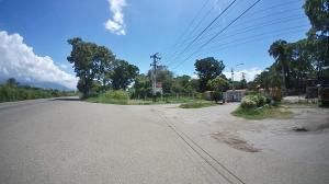 Terreno En Ventaen San Joaquin, La Castellana, Venezuela, VE RAH: 20-8211