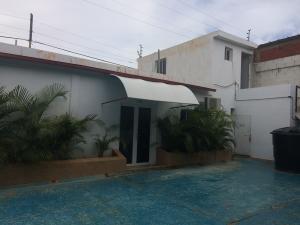 Galpon - Deposito En Alquileren Punto Fijo, Punta Cardon, Venezuela, VE RAH: 20-8216