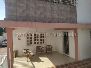 Casa En Ventaen Municipio Libertador, Sector Los Chorritos, Venezuela, VE RAH: 20-8749
