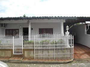 Townhouse En Ventaen Charallave, Paso Real, Venezuela, VE RAH: 20-8336