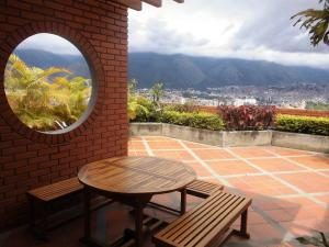 Apartamento En Ventaen Caracas, Colinas De La California, Venezuela, VE RAH: 20-8505