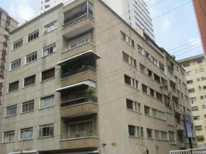 Apartamento En Ventaen Caracas, Los Palos Grandes, Venezuela, VE RAH: 20-8292