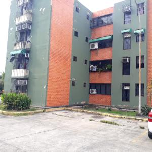 Apartamento En Ventaen Maracay, Narayola Uno, Venezuela, VE RAH: 20-8303