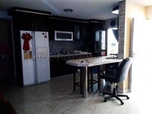 Casa En Ventaen Punto Fijo, Puerta Maraven, Venezuela, VE RAH: 20-8335