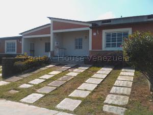 Casa En Ventaen Margarita, Maneiro, Venezuela, VE RAH: 20-8520