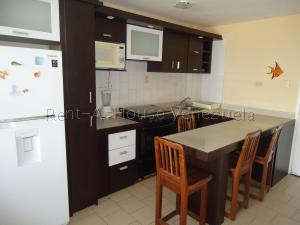 Apartamento En Ventaen Tucacas, Santa Rosa, Venezuela, VE RAH: 20-8407