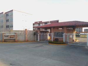 Apartamento En Ventaen Margarita, San Antonio, Venezuela, VE RAH: 20-8905