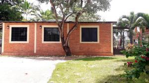 Casa En Ventaen Municipio San Diego, Las Morochas Ii, Venezuela, VE RAH: 20-8452