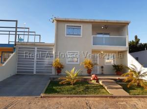 Casa En Ventaen El Tigre, Sector Avenida Intercomunal, Venezuela, VE RAH: 20-8501