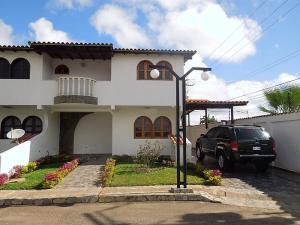 Casa En Ventaen El Tigre, Pueblo Nuevo Sur, Venezuela, VE RAH: 20-8503