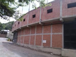Galpon - Deposito En Ventaen Caracas, Baruta, Venezuela, VE RAH: 20-8517