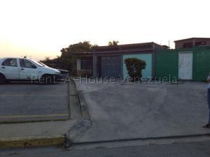 Casa En Ventaen Cagua, Prados De La Encrucijada, Venezuela, VE RAH: 20-8523