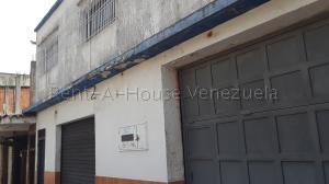 Local Comercial En Ventaen San Felipe, San Felipe, Venezuela, VE RAH: 20-8534