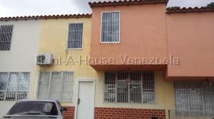 Casa En Ventaen Cabudare, La Piedad Norte, Venezuela, VE RAH: 20-8539