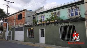 Casa En Ventaen Municipio Linares Alcantara, La Morita I, Venezuela, VE RAH: 20-8572