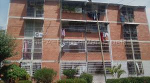 Apartamento En Ventaen Guatire, Guatire, Venezuela, VE RAH: 20-8973
