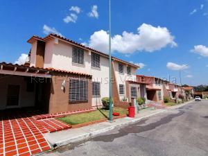Casa En Ventaen Cabudare, Parroquia José Gregorio, Venezuela, VE RAH: 20-8592