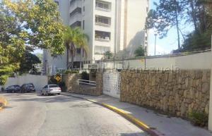 Apartamento En Ventaen Caracas, Lomas De Prados Del Este, Venezuela, VE RAH: 20-8594