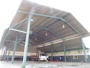 Galpon - Deposito En Alquileren Maracaibo, Carretera A Perija, Venezuela, VE RAH: 20-8605