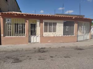 Casa En Ventaen Barquisimeto, Parroquia Juan De Villegas, Venezuela, VE RAH: 20-8621