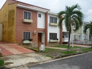 Casa En Ventaen Valencia, Parque Mirador, Venezuela, VE RAH: 20-8628