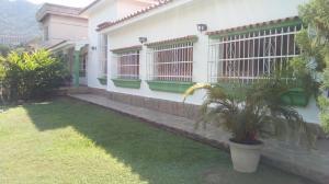 Casa En Ventaen Valencia, Las Chimeneas, Venezuela, VE RAH: 20-8632