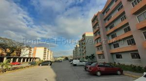 Apartamento En Ventaen Municipio San Diego, Monteserino, Venezuela, VE RAH: 20-8657