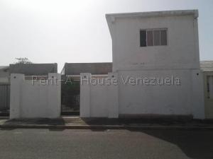 Casa En Ventaen Punto Fijo, Campo Maraven, Venezuela, VE RAH: 20-8667