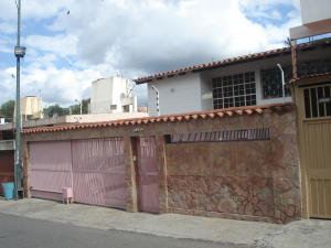 Casa En Ventaen Caracas, Lomas De La Trinidad, Venezuela, VE RAH: 20-8670
