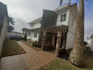 Casa En Ventaen San Antonio De Los Altos, Club De Campo, Venezuela, VE RAH: 20-8814