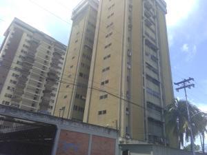 Apartamento En Ventaen Maracay, Urbanizacion El Centro, Venezuela, VE RAH: 20-8742