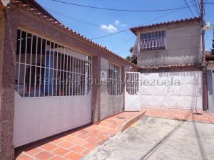 Casa En Ventaen La Victoria, La Mora Ii, Venezuela, VE RAH: 20-8748