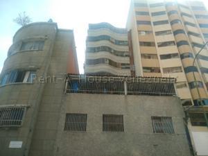 Apartamento En Ventaen Caracas, Parroquia La Candelaria, Venezuela, VE RAH: 20-8874