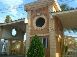 Apartamento En Ventaen El Tigre, Sector Avenida Jesus Subero, Venezuela, VE RAH: 20-8772