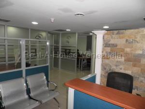 Local Comercial En Ventaen Valencia, Avenida Bolivar Norte, Venezuela, VE RAH: 20-8783