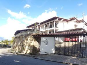 Casa En Alquileren Caracas, Prados Del Este, Venezuela, VE RAH: 20-8776